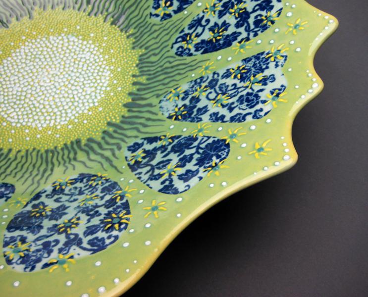 petal bowl 1 - rim detail
